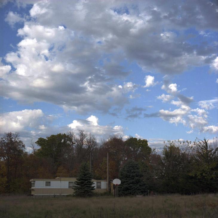 trailer, hoop & sky