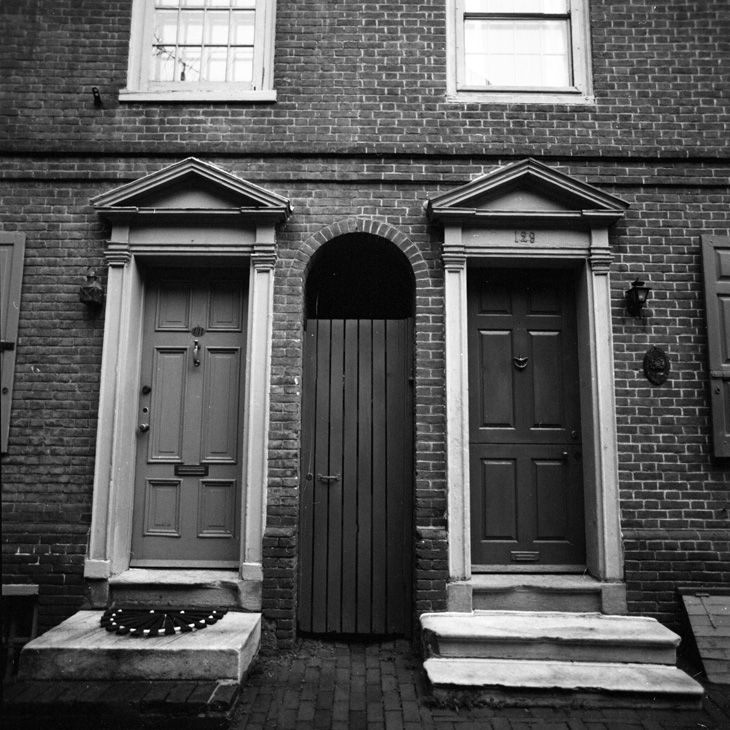 129 Elfreth's Alley